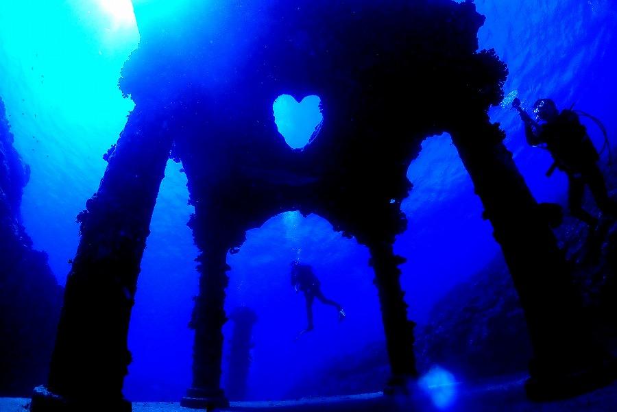 鹿児島県:与論島ツアー【透明度50mの海と沈没船♪】6/22-25